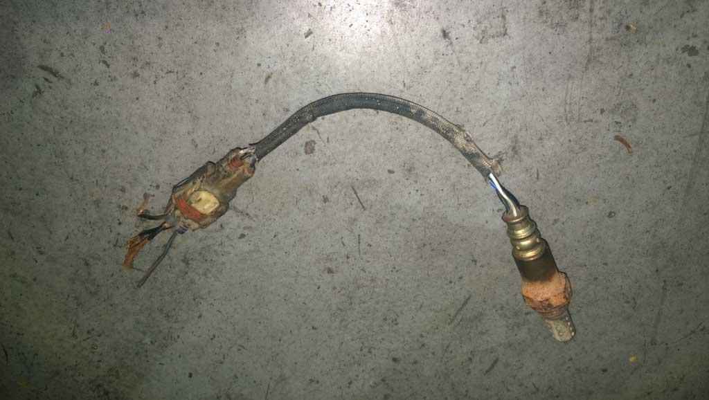rear-o2-sensor-burnt-harness